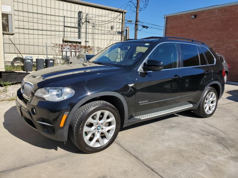 BMW X5 2013 price $15,999 Cash