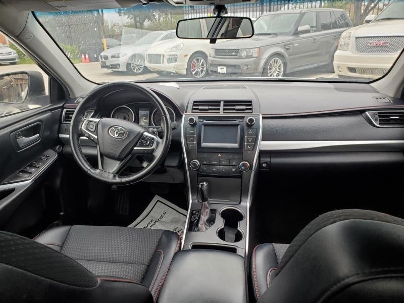 Toyota Camry 2015 price $14,999 Cash