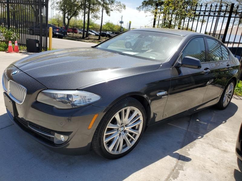 BMW 5 Series 2011 price $16,999 Cash