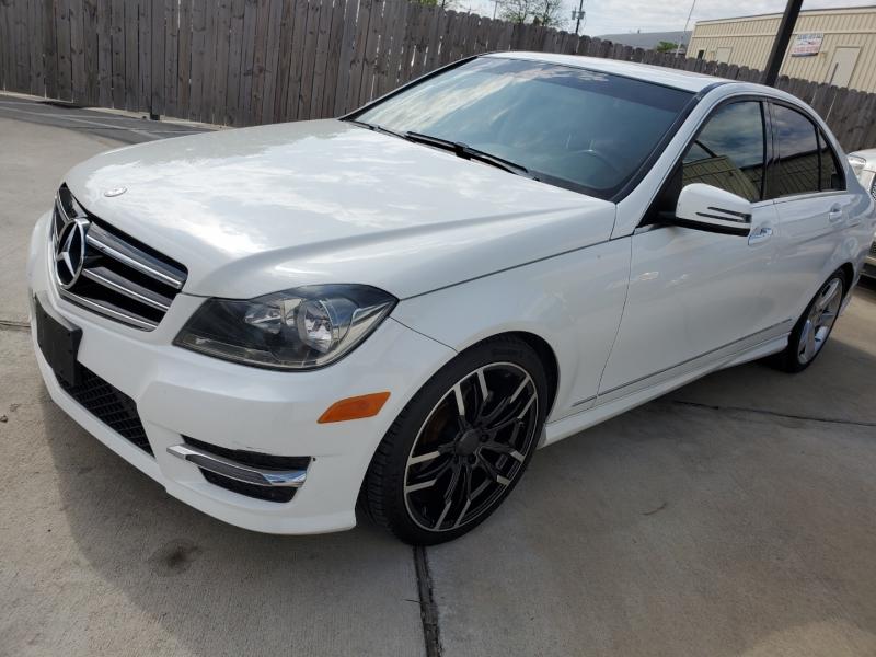 Mercedes-Benz C-Class 2014 price $14,999 Cash