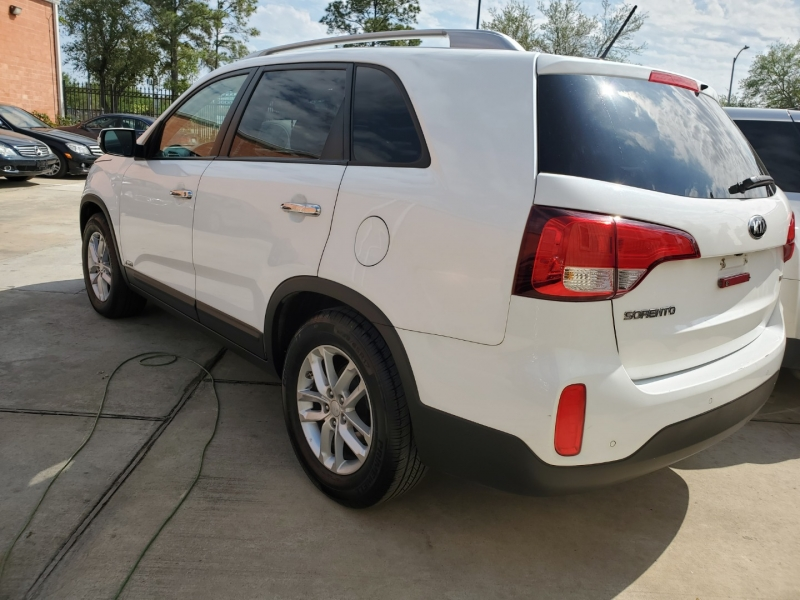 Kia Sorento 2014 price $12,999 Cash