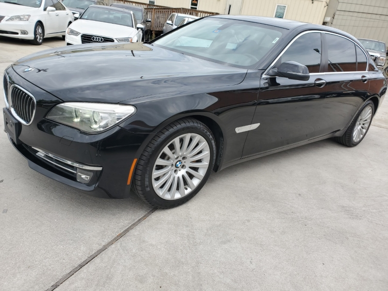 BMW 7 Series 2013 price $18,999 Cash