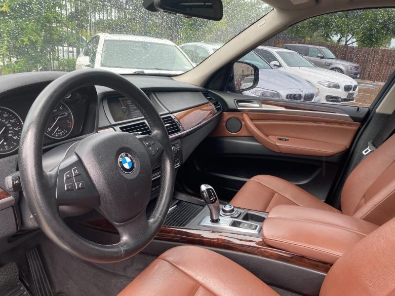 BMW X5 2013 price $17,999 Cash