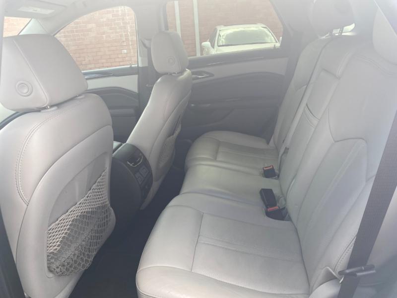 Cadillac SRX 2015 price $18,999 Cash