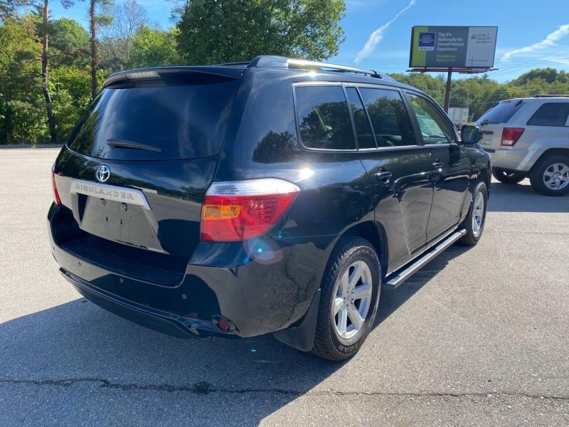 Toyota Highlander 2010 price $12,950