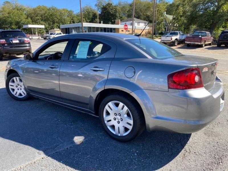Dodge Avenger 2012 price $7,995
