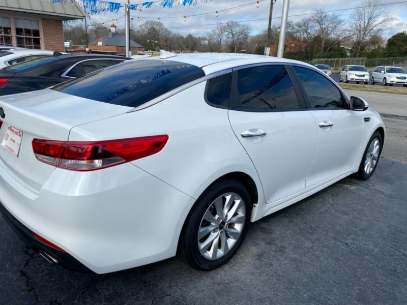 Kia Optima 2016 price $11,995
