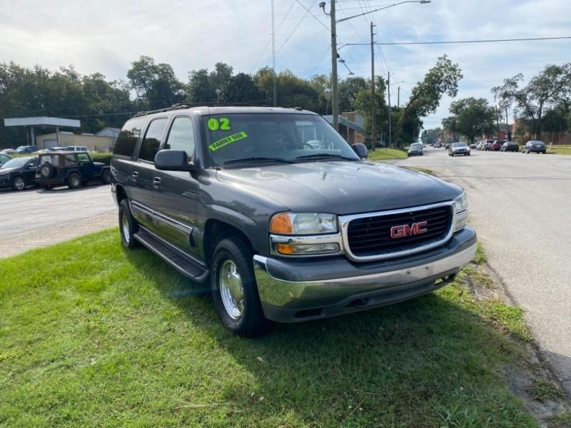 GMC Yukon XL 2002 price $3,995