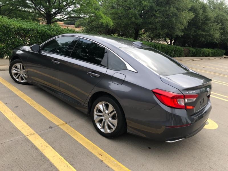 Honda Accord Sedan 2019 price $18,500