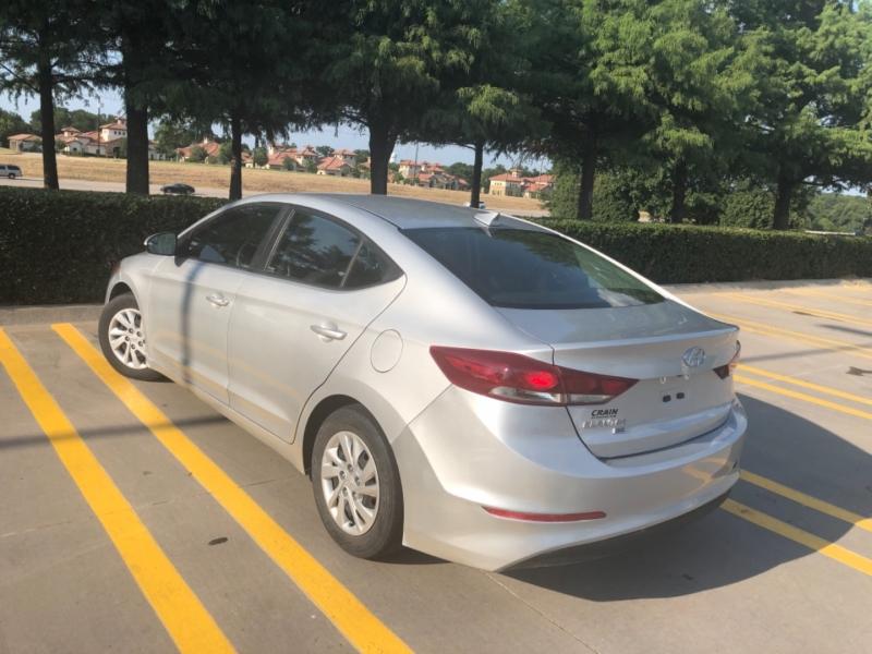 Hyundai Elantra 2018 price $9,998
