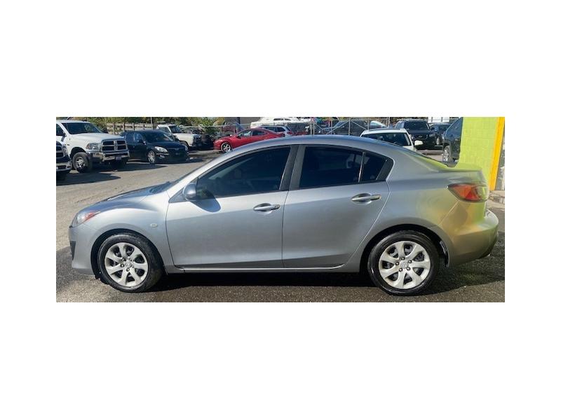 Mazda Mazda3 2010 price $5,450
