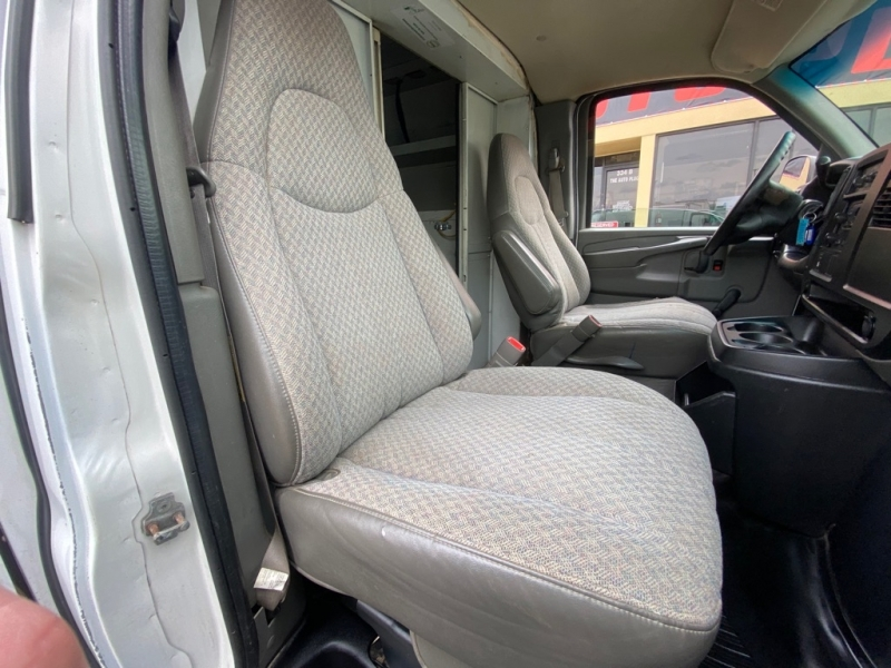 CHEVROLET EXPRESS G3500 2005 price $7,495