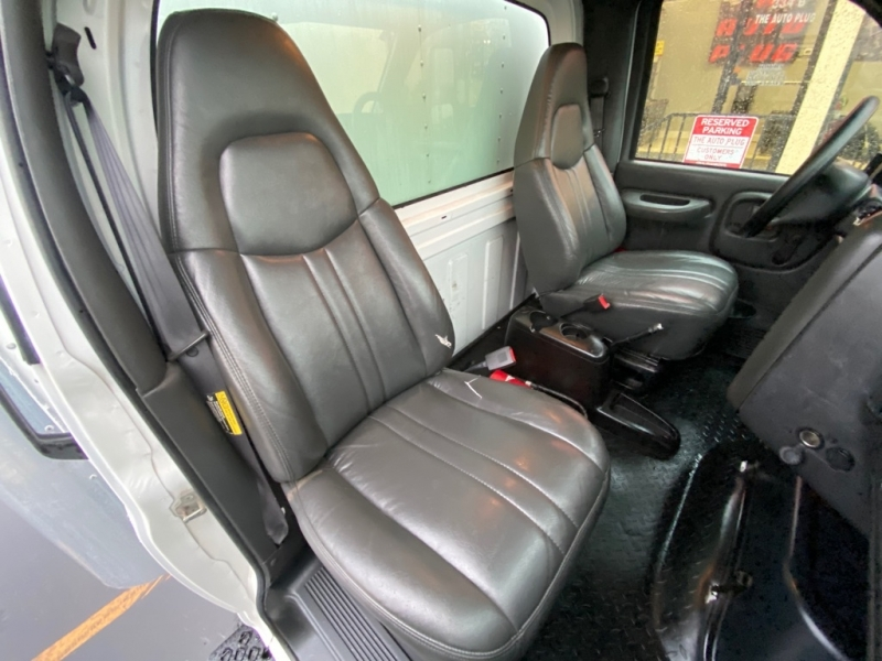 CHEVROLET C7500 2005 price $14,995