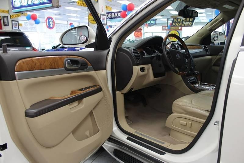 Buick Enclave 2008 price $9,950