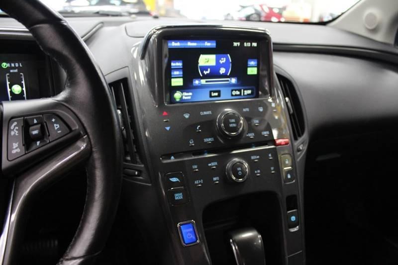 Chevrolet Volt 2014 price $12,988