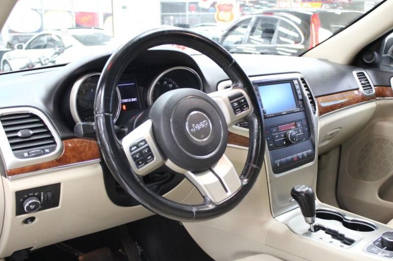 Jeep Grand Cherokee 2011 price $15,995
