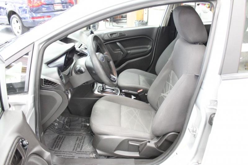 Ford Fiesta 2015 price $8,850