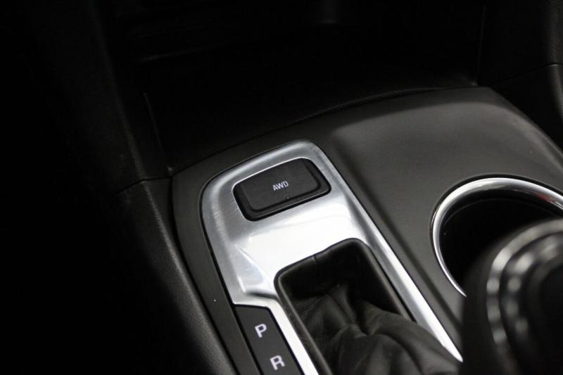 Chevrolet Equinox 2018 price $14,950