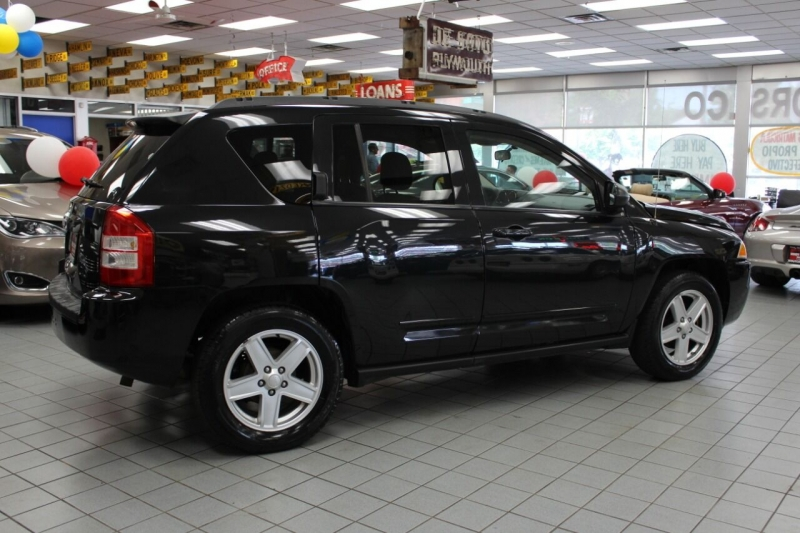 Jeep Compass 2010 price $9,950
