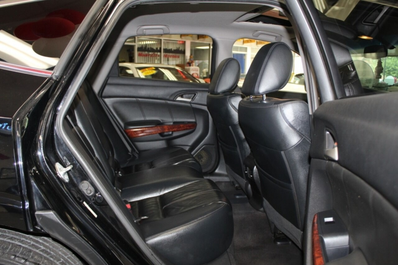 Honda Accord Crosstour 2011 price $12,950