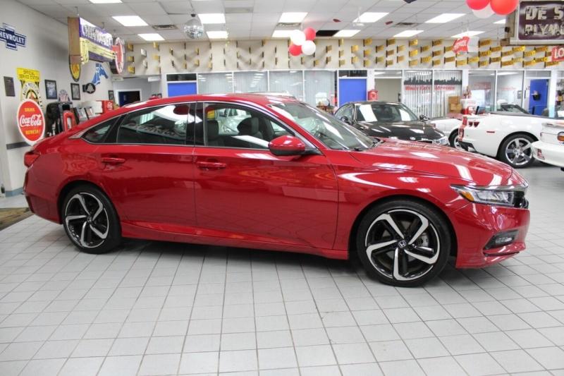 Honda Accord 2018 price $25,850