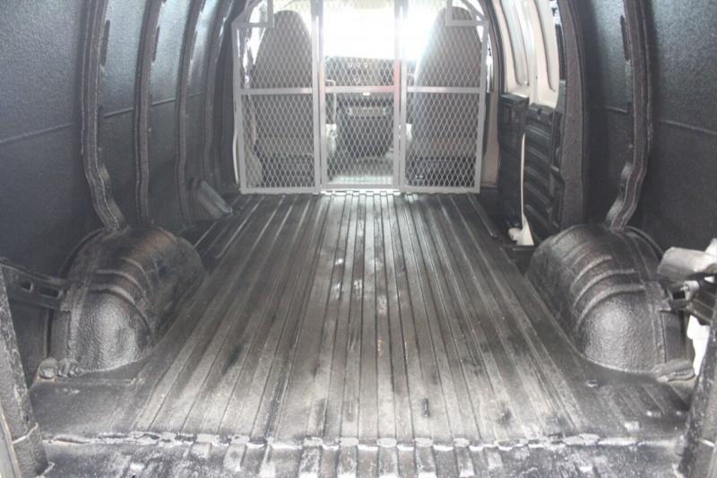 Chevrolet Express Cargo 2011 price $15,950