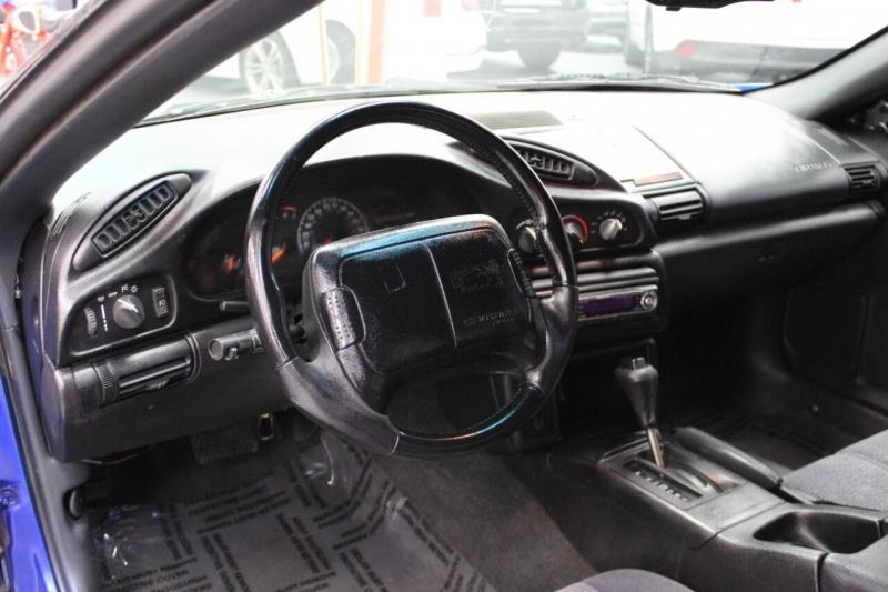 Chevrolet Camaro 1996 price $9,995