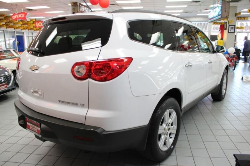Chevrolet Traverse 2010 price $9,850