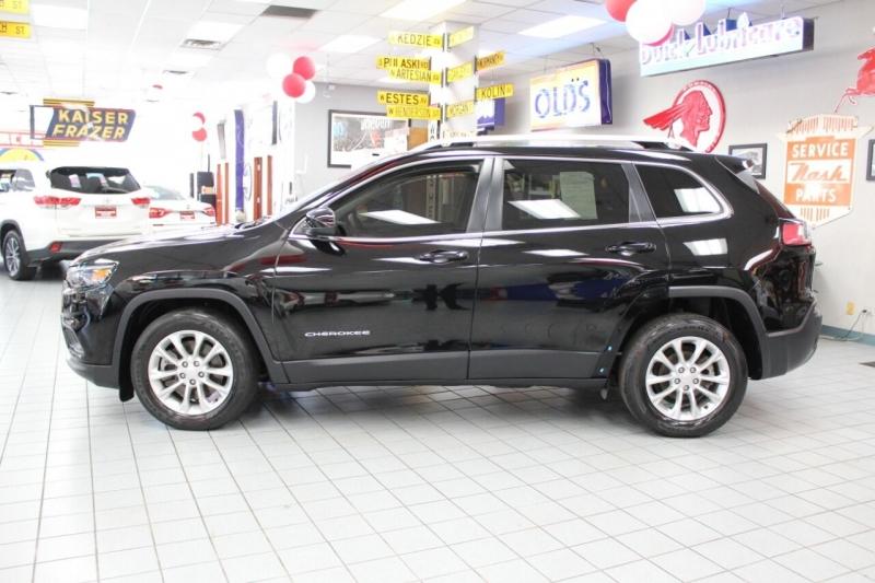 Jeep Cherokee 2019 price $20,850