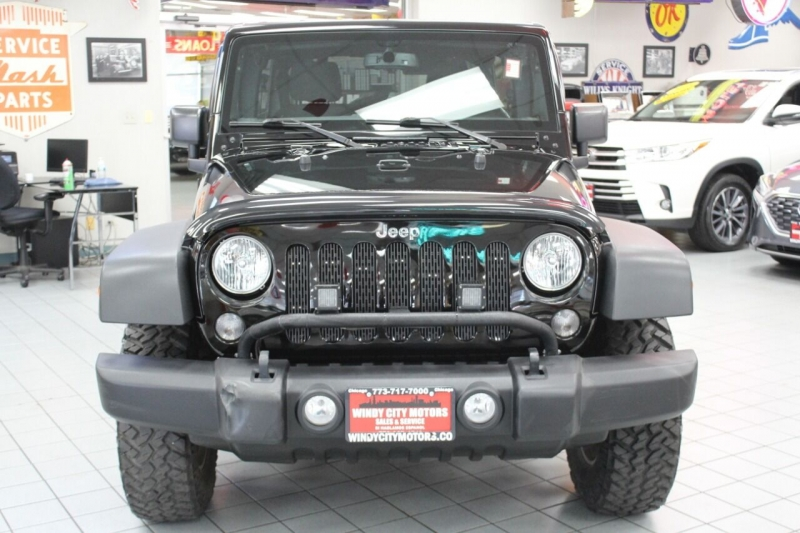 Jeep Wrangler Unlimited 2015 price $28,850