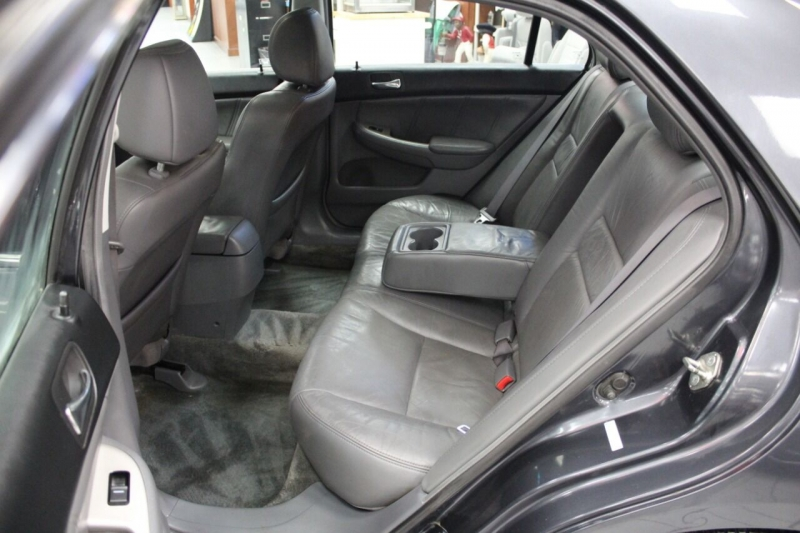 Honda Accord 2004 price $8,995