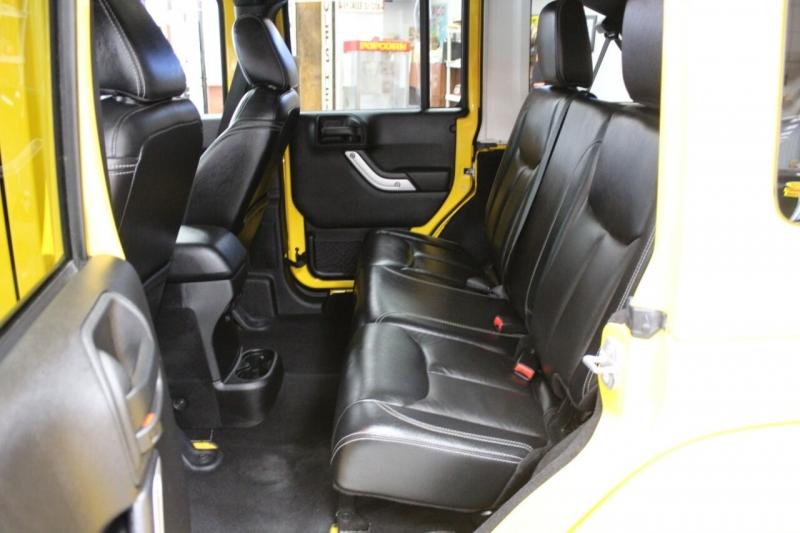 Jeep Wrangler Unlimited 2015 price $32,850