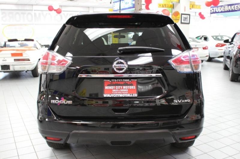 Nissan Rogue 2015 price $12,850