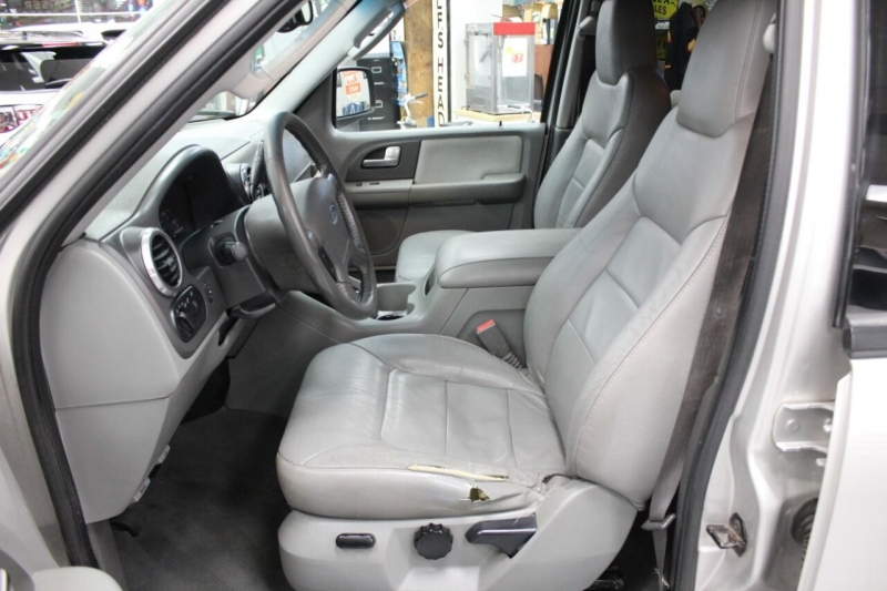 Ford Expedition 2004 price $6,850