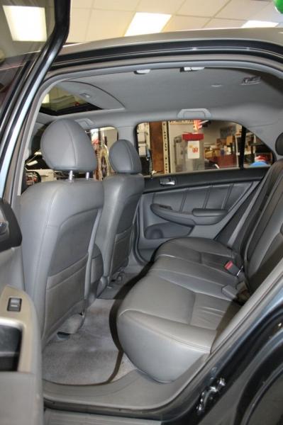 Honda Accord 2006 price $7,850