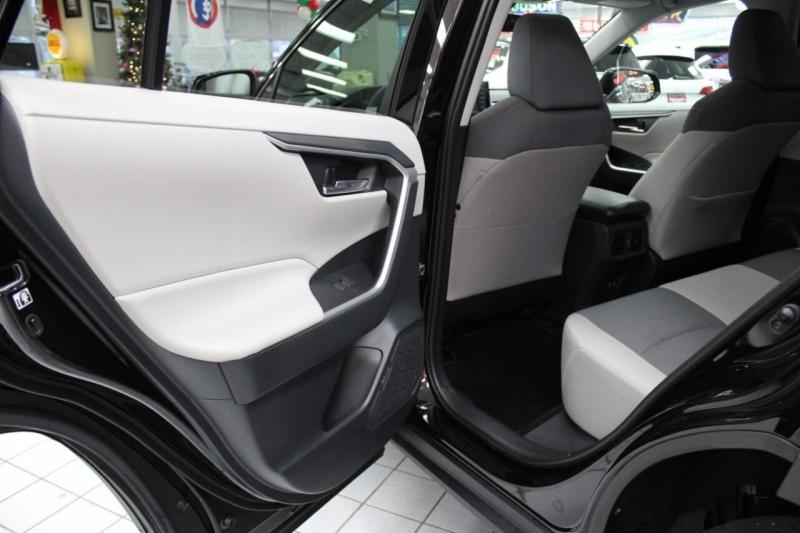Toyota RAV4 2019 price $26,850