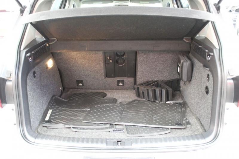 Volkswagen Tiguan 2014 price $12,850