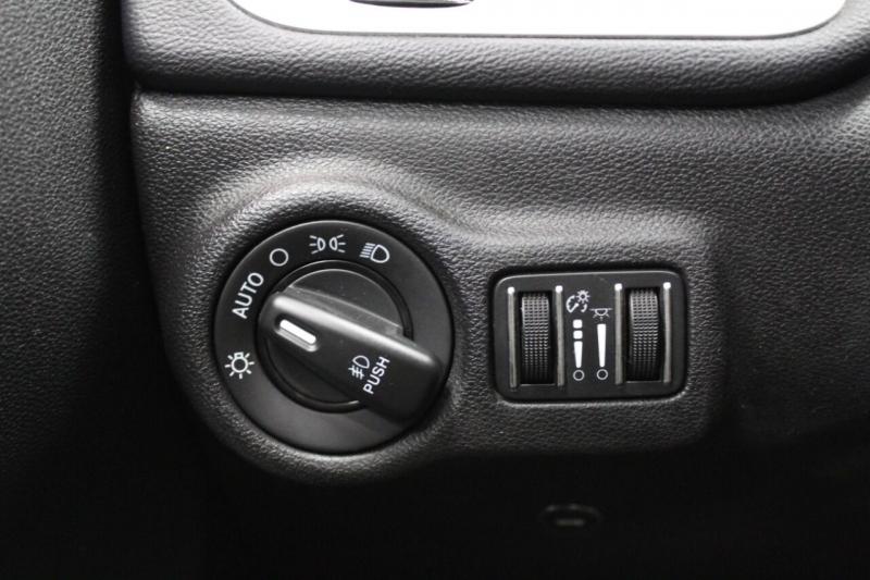 Dodge Dart 2014 price $10,995