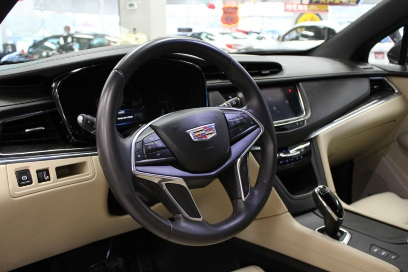 Cadillac XT5 2018 price $26,995