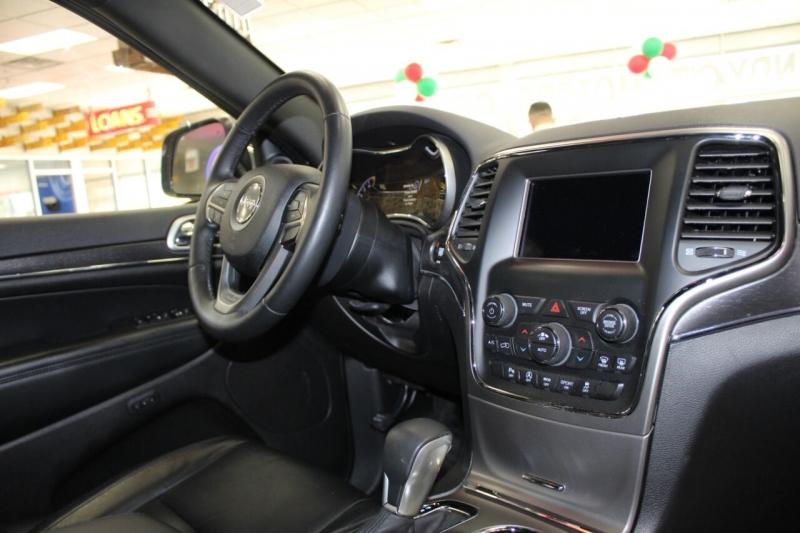 Jeep Grand Cherokee 2018 price $29,995