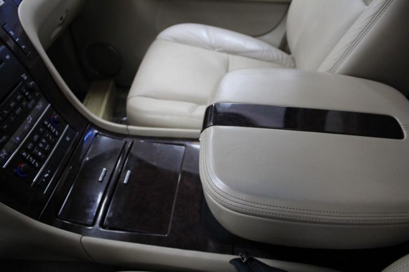 Cadillac Escalade 2009 price $17,850
