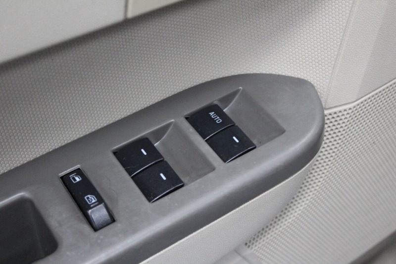Ford Escape 2011 price $9,850