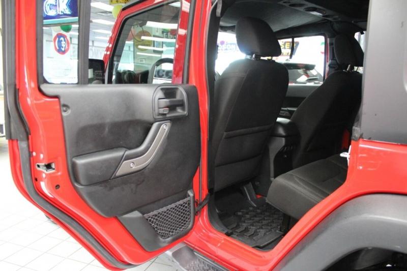 Jeep Wrangler Unlimited 2016 price $29,950