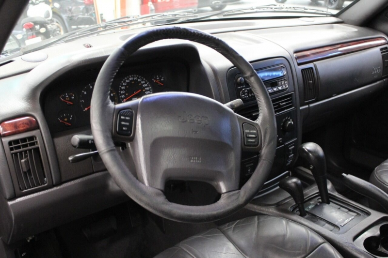 Jeep Grand Cherokee 2000 price $6,995
