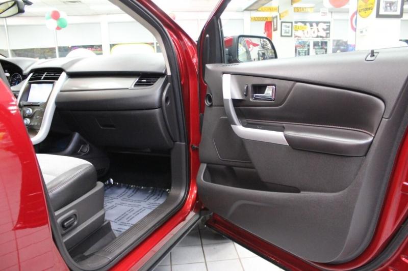 Ford Edge 2013 price $13,850