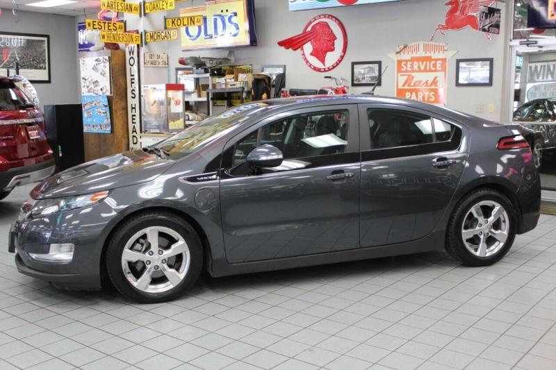 Chevrolet Volt 2012 price $10,950