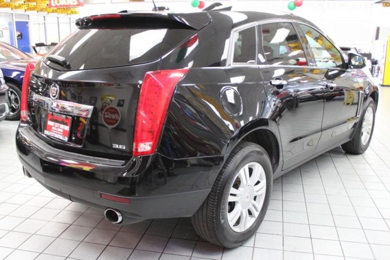 Cadillac SRX 2015 price $17,950