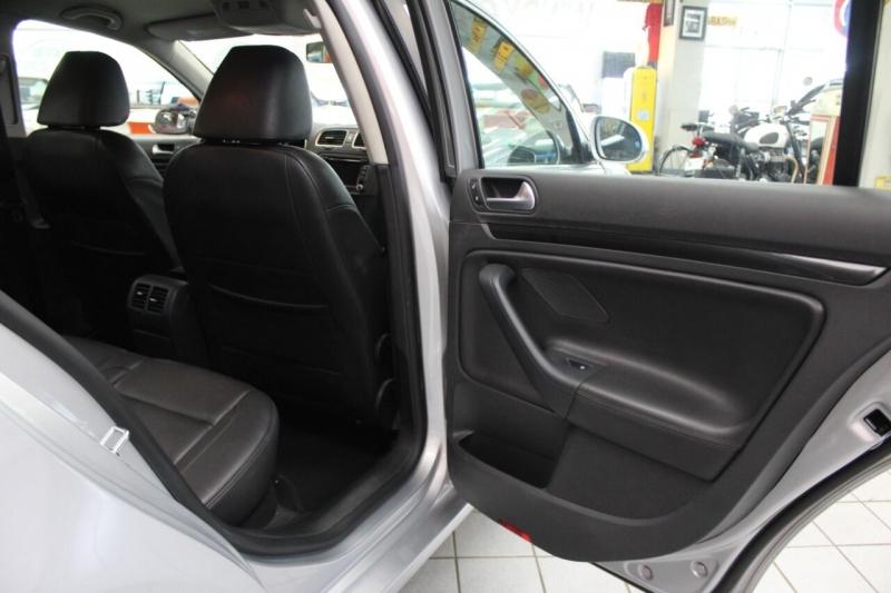 Volkswagen Jetta 2013 price $12,995