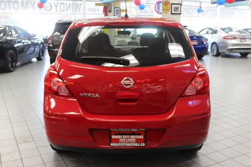Nissan Versa 2011 price $7,850