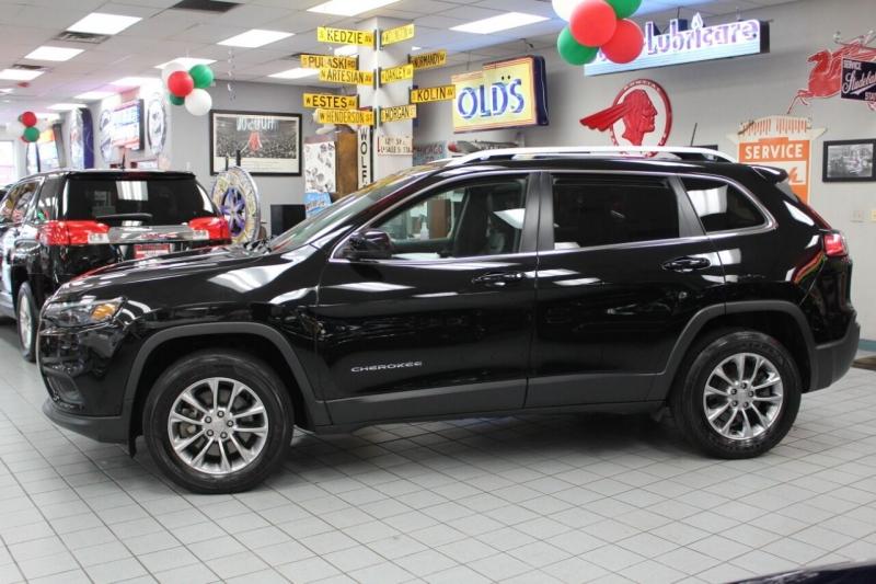 Jeep Cherokee 2019 price $24,950